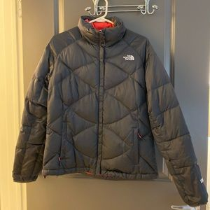The North Face Women's Down 550 Puffer Jacket